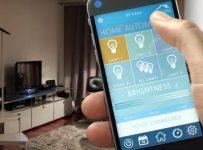 Bật đèn tự động bằng smartphone